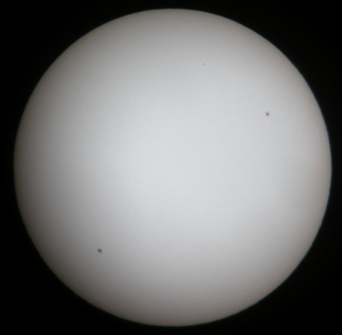 Sun in white-light Baader filter. August 6, 2010. 4 p.m. EDT