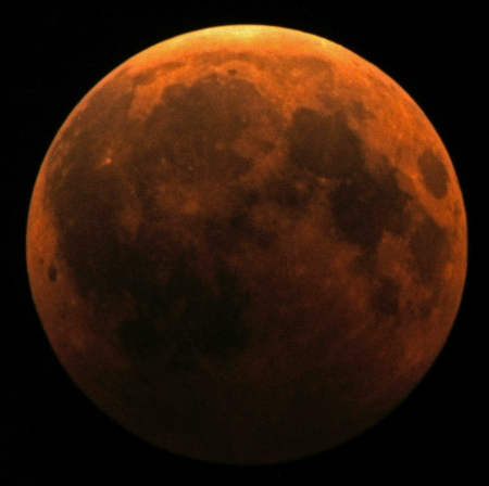 December 21, 2010 Full moon eclipsed 2